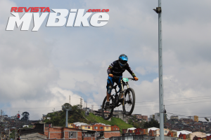DOWNHILL-URBANO-MANIZALES-2016-SOECIALIZED-MY-BIKE-16 - copia